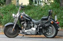 800px-Harley-Davidson